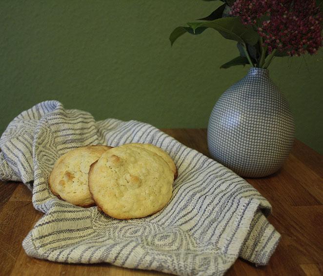 Macadamia_Cookies_Vase