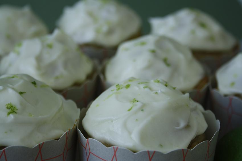Limetten-Joghurt-Cupcakes3