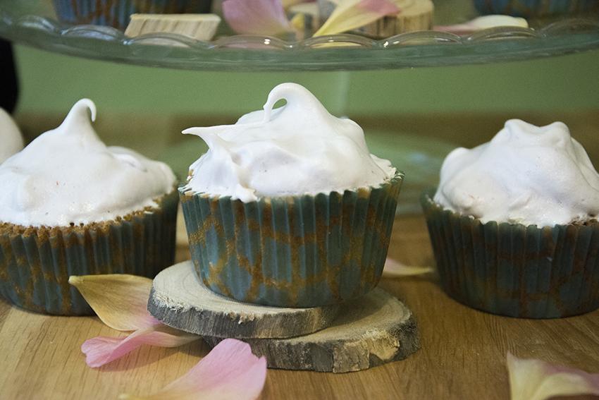 Rhabarber_Cupcakes_2