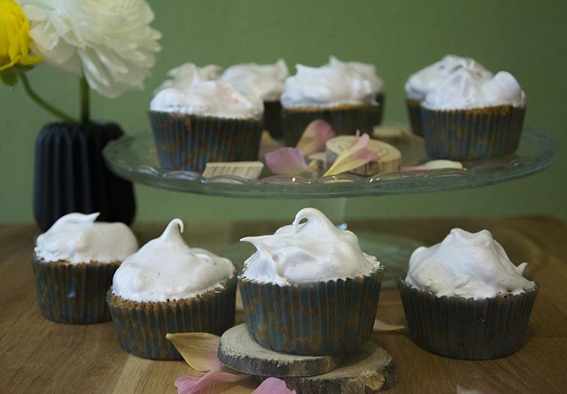 Rhabarber_Cupcakes_3