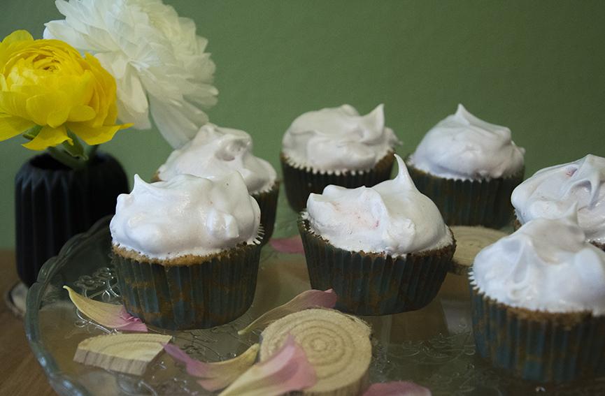 Rhabarber_Cupcakes_4