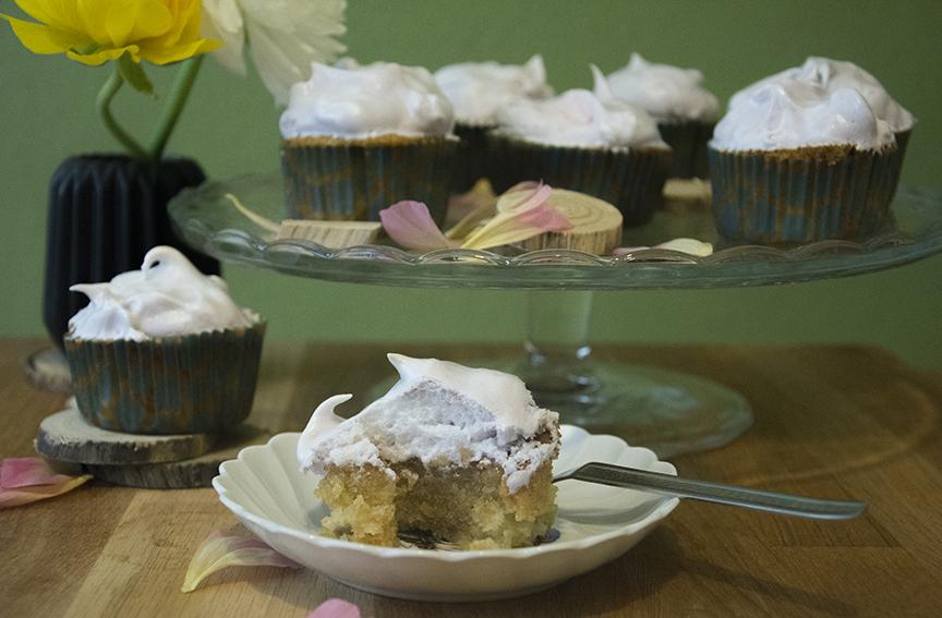 Rhabarber_Cupcakes_5
