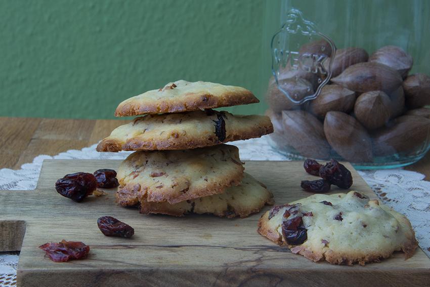 Cranberry_Pecan_Cookies_2