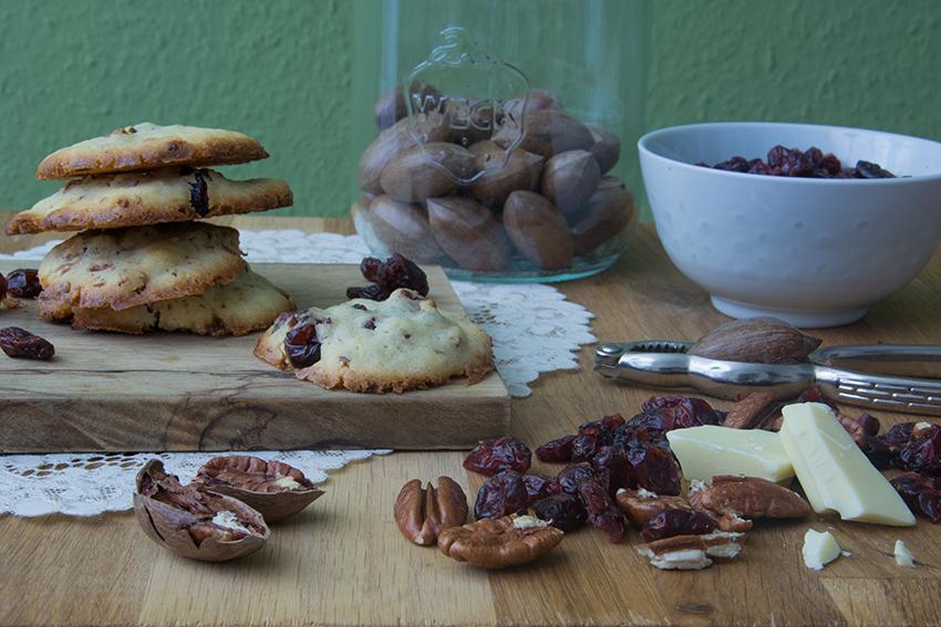 Cranberry_Pecan_Cookies_3